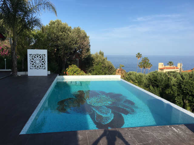 Cap DAil Luxury Villa Rentals Close To Marquet And Mala Beaches