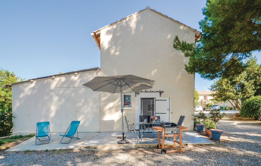 Provence villa rentals Mont Ventoux with private pool