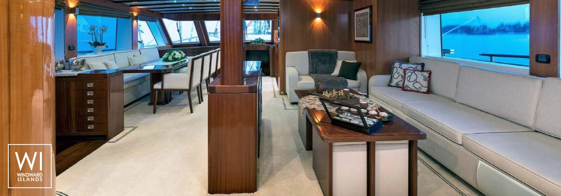 Luxury Yacht Charter from Marseille with crew