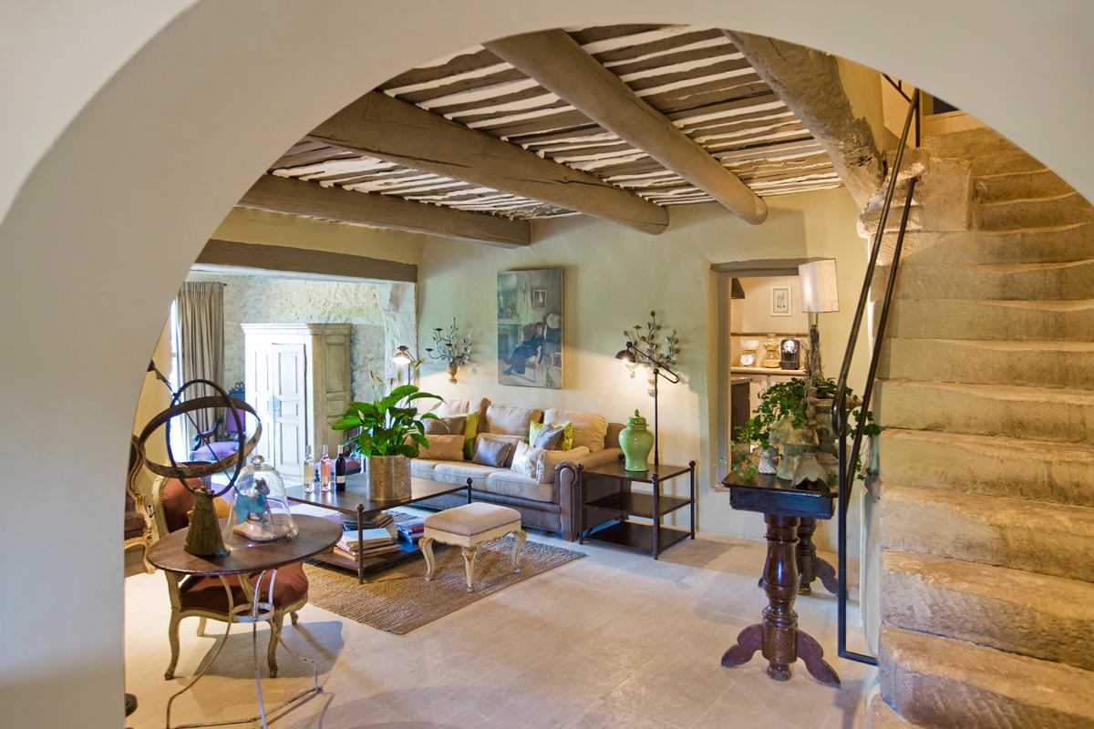 Provence luberon luxury villa rentals with heated private pool and - Boulangerie marie salon de provence ...