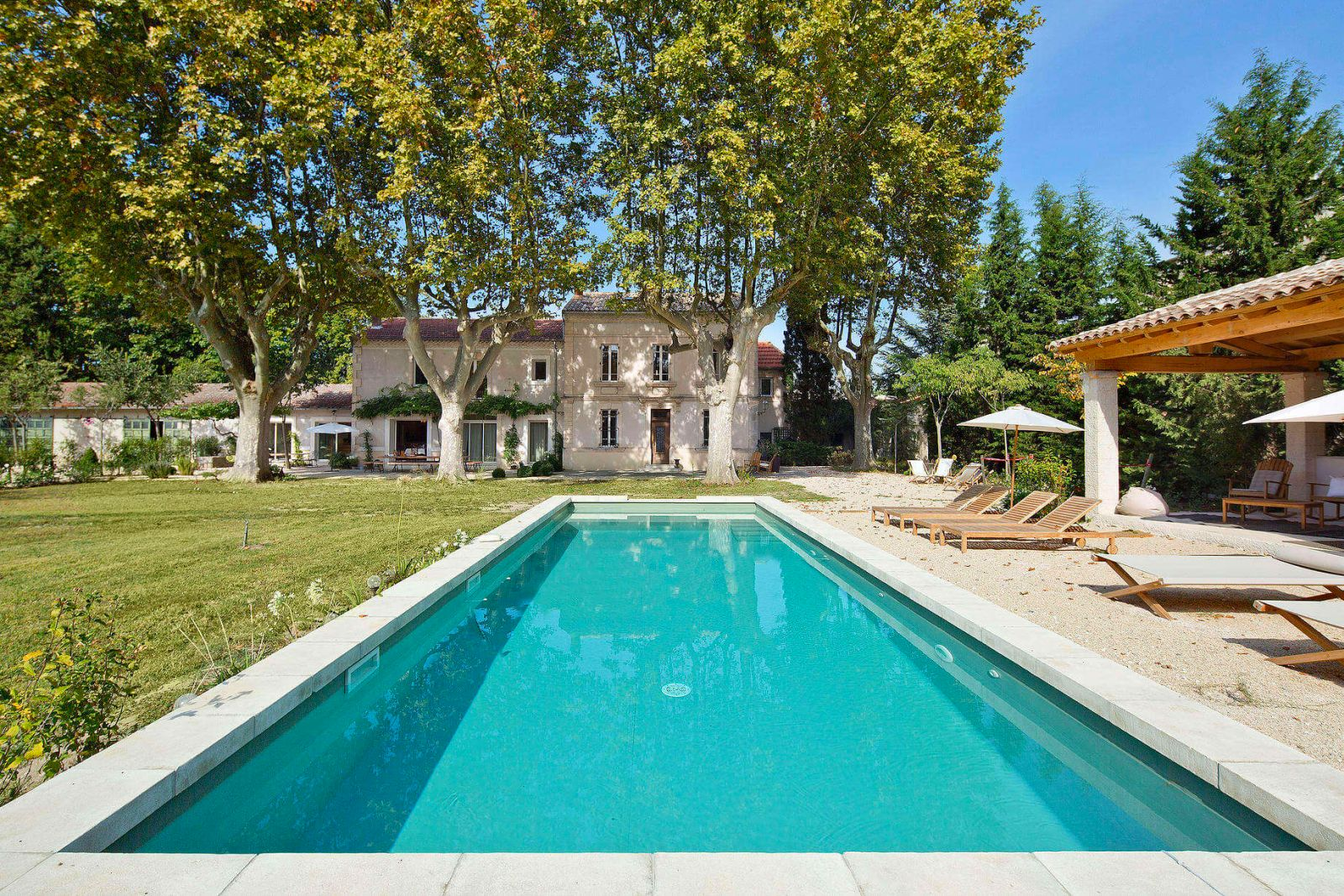 Provence Luxury Villa Rentals Avignon With Private Pool And Staff ...