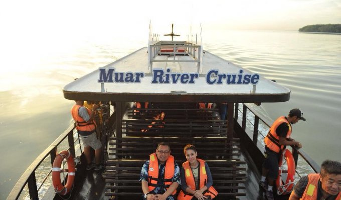 Muar River Cruise