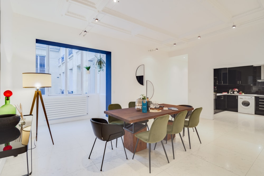 Paris Champs Elysees Luxury Apartment Rental close to luxury department stores