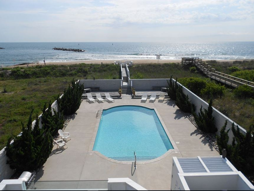 Virginia Villa Vacation rentals Virginia Beach direct Beach access with  Private Pool near Norfolk (2)