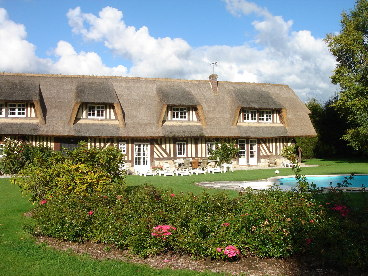 Deauville Villa Vacation Rentals With Heated Pool In Normandy