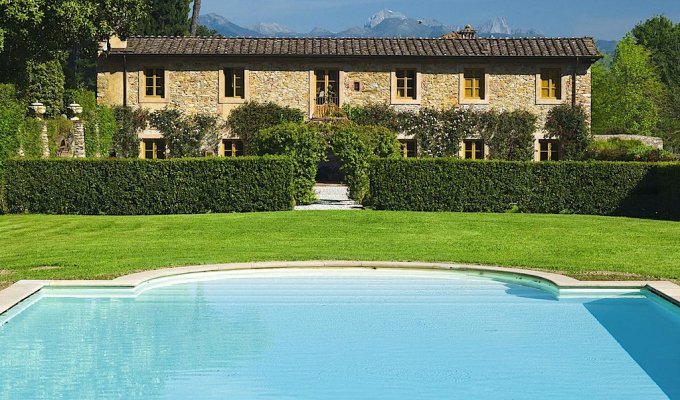 TUSCANY HOLIDAY VILLA RENTALS - Luxury Villa Vacation Rentals with private pool near Lucca