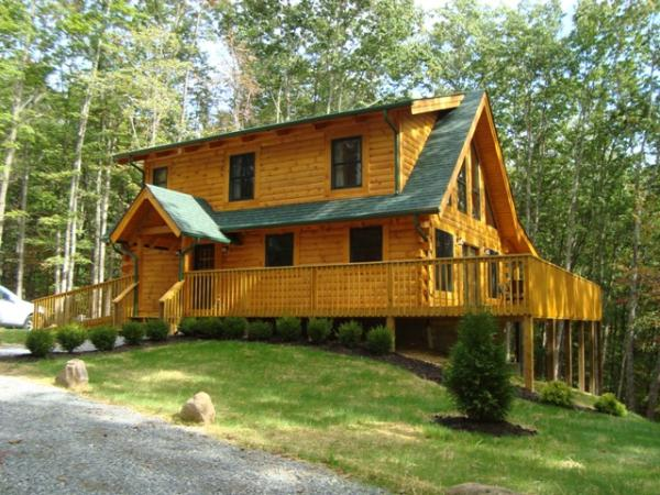 Southern West Virginia Pipestem Luxury Log Cabins 15