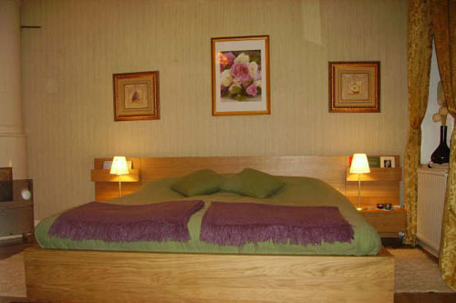 gotaland gothenburg bed and breakfast b b accommodation in the heart of gothenburg sweden sweden. Black Bedroom Furniture Sets. Home Design Ideas