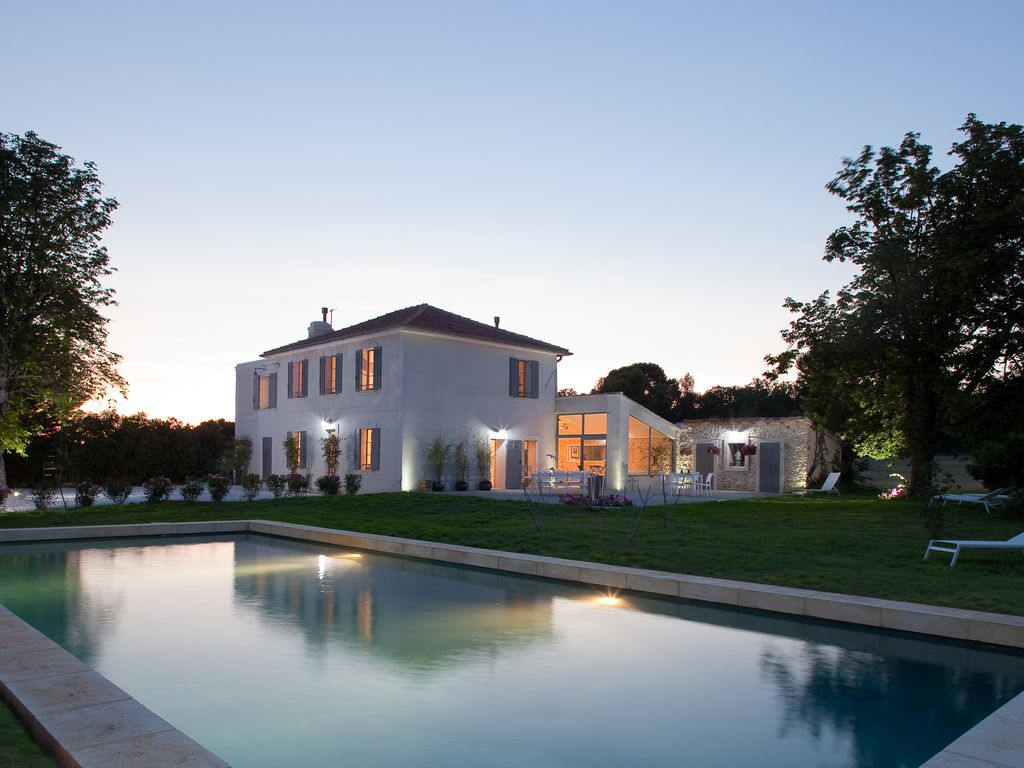 Provence Luxury villa rentals Aix en Provence with heated private pool and  staff chef (9)
