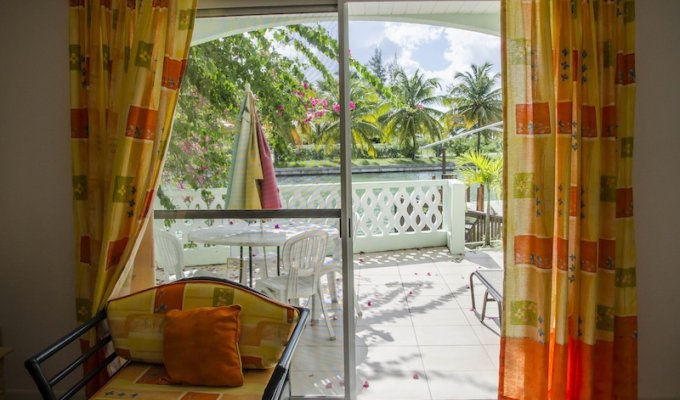 Antigua Holiday Rentals - Self catering Holiday villa to rent with sea views in Antigua Jolly Harbour Caribbean