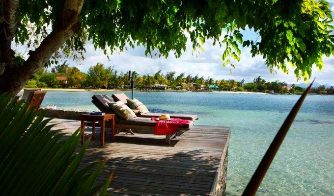 Luxury mauritius villa rentals beach house on the east for Beach houses on the east coast