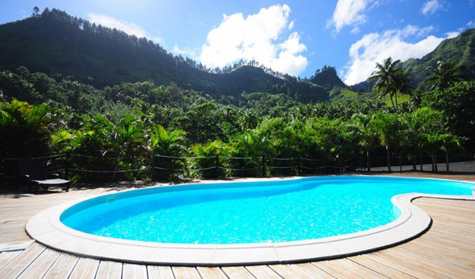 Moorea Villa vacation rental with a great view on the lagoon in a gated property