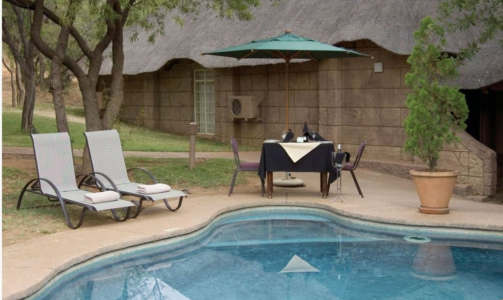 South africa lodge vacation rentals gauteng for Pool design johannesburg