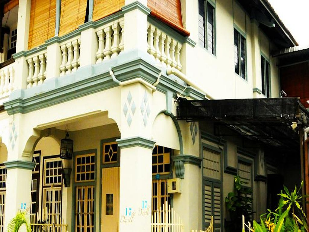 Malaysia bed and breakfast george town penang for Terrace 9 classic penang