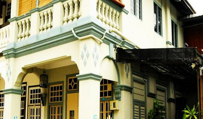 Malaysia bed and breakfast george town penang for Terrace 9 penang