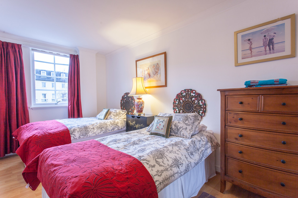 Edinburgh holiday apartment rental in the city center with ...