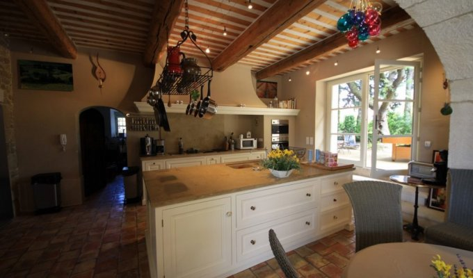 Provence luxury villa rentals Vaucluse Grillon with indoor heated pool sauna and staff chef