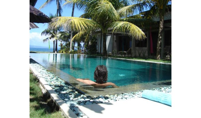 Indonesia Bali Resort Vacation Rentals Apartment 2 Bedrooms Front Beach Of Candi Dasa In Manggis