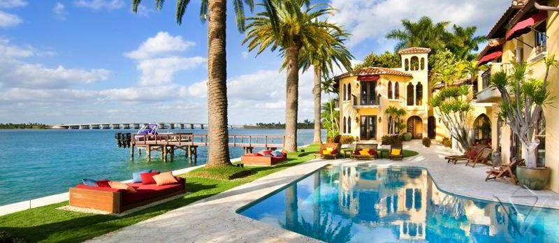 Sunset Island Luxury Villa Hotel Vacation Rental Miami South Beach Florida