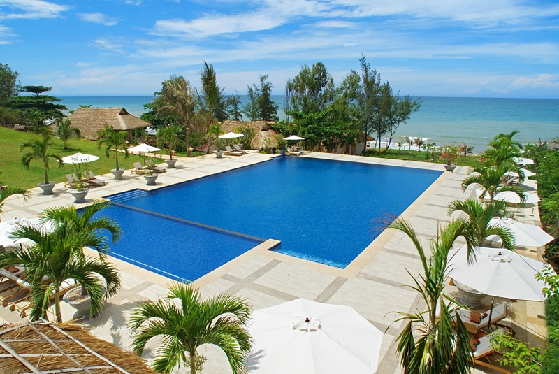 Impressionnant Hotels Vietnam Bord De Mer #1: Bungalow Rental In Luxury Spa Hotel In The Seaside For A Stay In Phan  Thiet, ...