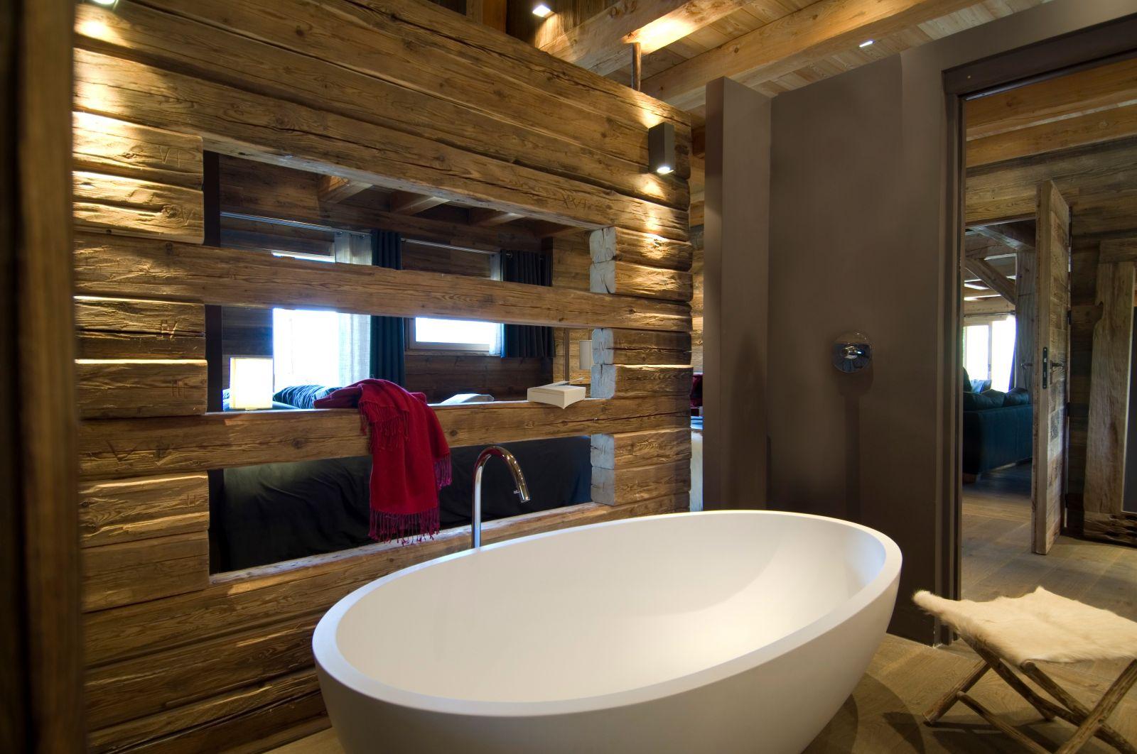 Salle De Bain Chalet serre chevalier luxury chalet rentals ski slopes indoor pool spa concierge  services (1)