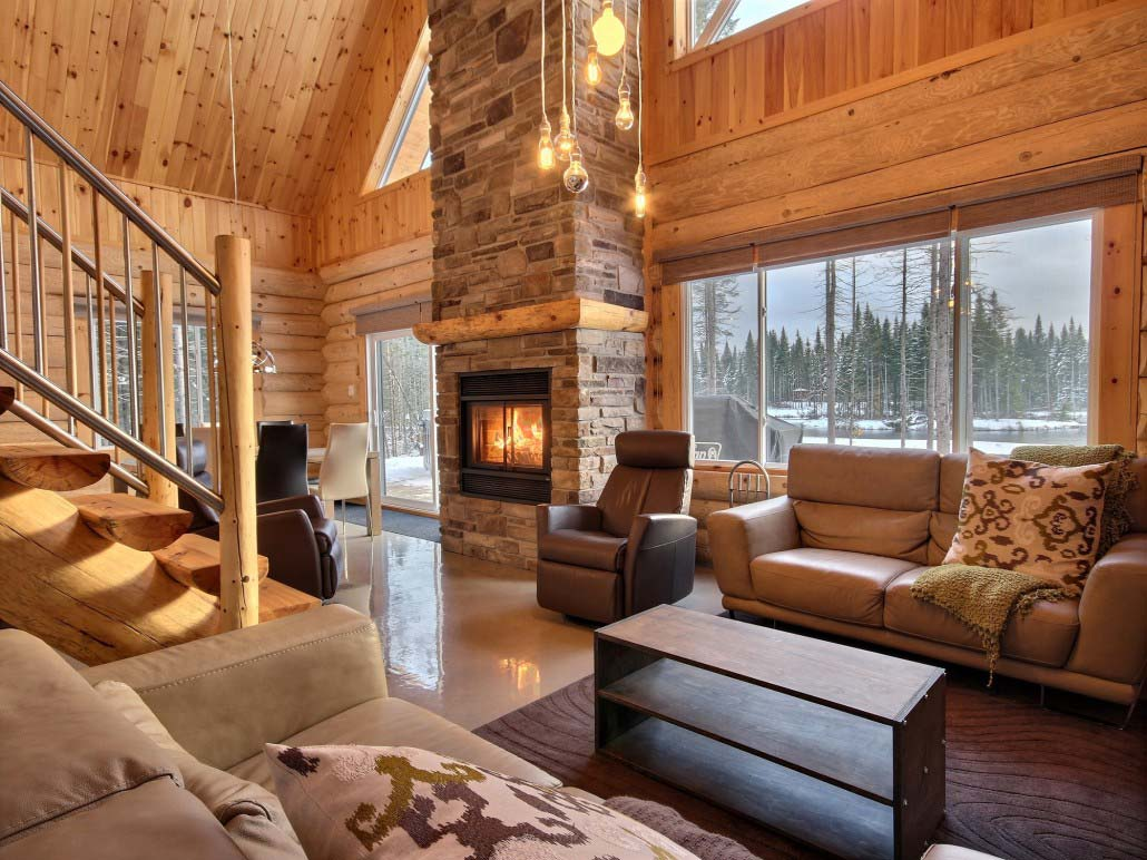 Quebec Holiday Cottage Rentals Is On The Beaver Lake