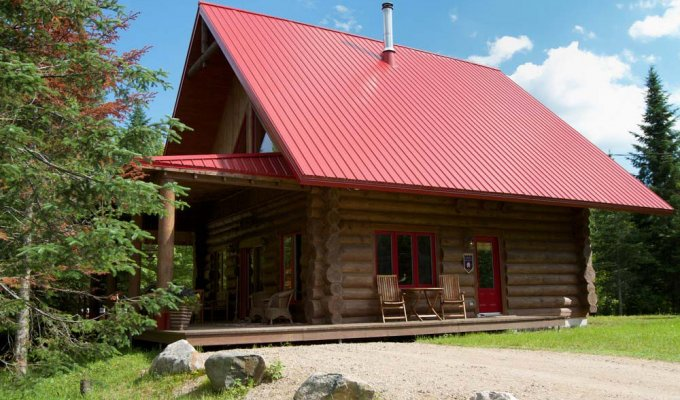 Brilliant Quebec Holiday Cottage Rentals Is On The Otter Lake And With Private Deck Home Interior And Landscaping Ymoonbapapsignezvosmurscom