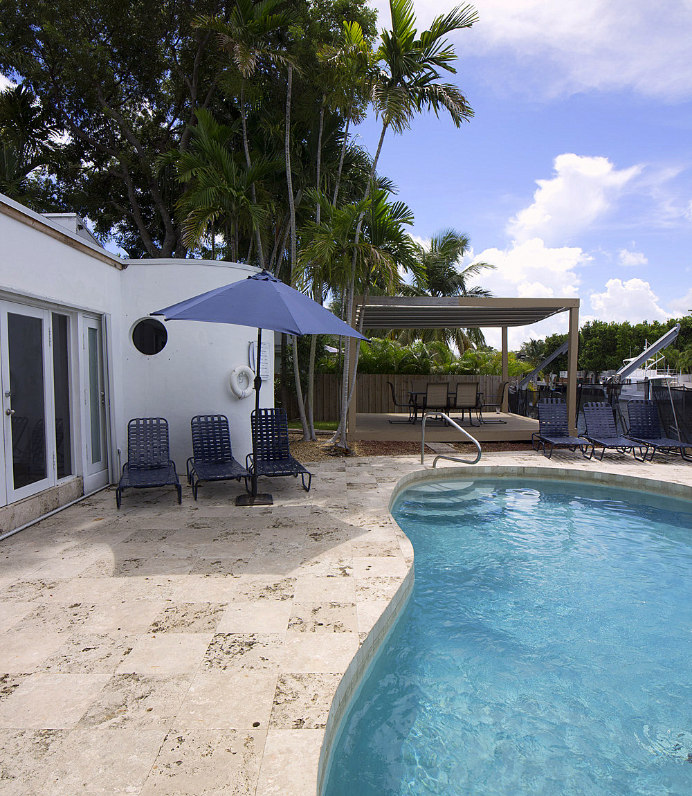 Rent House In Miami Beach: Miami Beach Waterfront Vacation Home Rental 8 Min From Bal