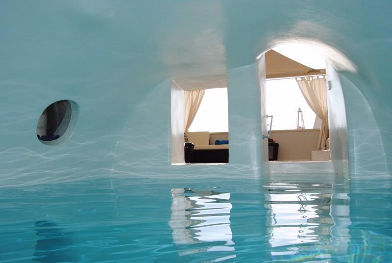 luxury santorini villa rental with heated indoor swimming pool ideal. Black Bedroom Furniture Sets. Home Design Ideas