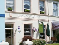 Lawnswood Guesthouse